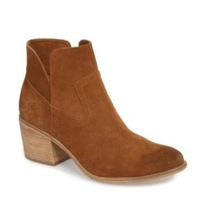 Nordstrom BP | Brice Notched Bootie